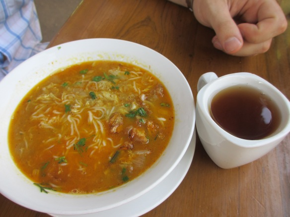 Burma's favourite breakfast: Mohinga noodle soup and tea